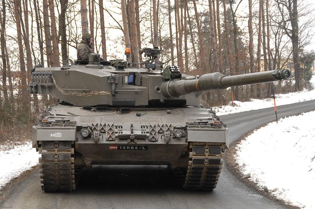 1024px Österreichischer Panzer Leopard 2A4