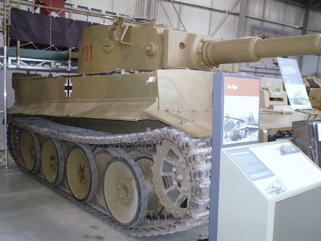 1024px Flickr   davehighbury   Bovington Tank Museum 085 Tiger panzer