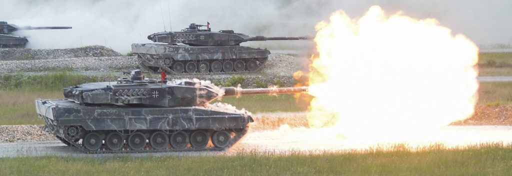 1280px German Leopard 2A6 from 3rd Panzer Battalion fires its main gun during the shoot off of Strong Europe Tank Challenge 40964003420 cropped
