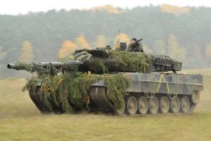 German Army Leopard 2A6 tank in Oct. 2012 1