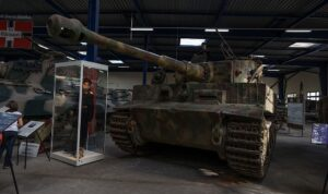Panzer VI Tiger I 27891727340 1